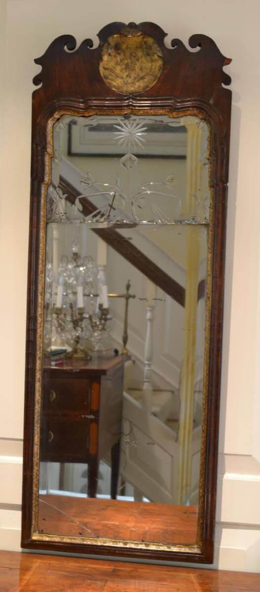 Queen Anne Type Pier Mirror