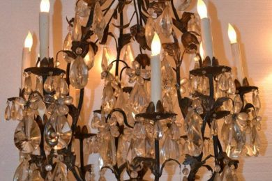 Italian iron and tin chandelier