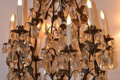 Italian iron and tin chandelier