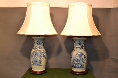Chinese 19th century qing vases