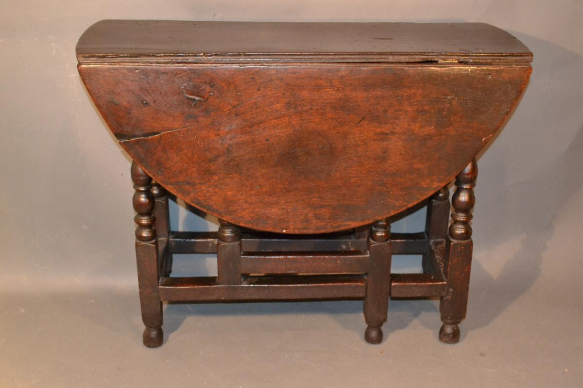 english baroque william and mary dropleaf gateleg table