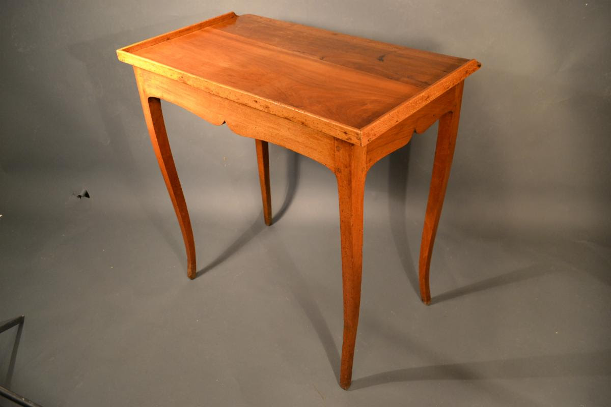 French Petite Desk with a Tray Edge, Provincial Late 18th Century
