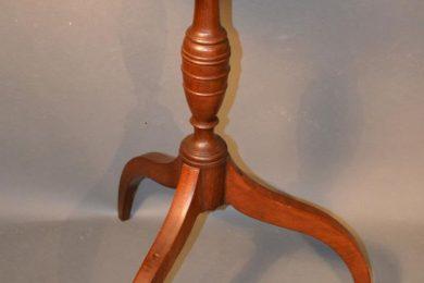 American hepplewhite mahogany tilt top candle stand