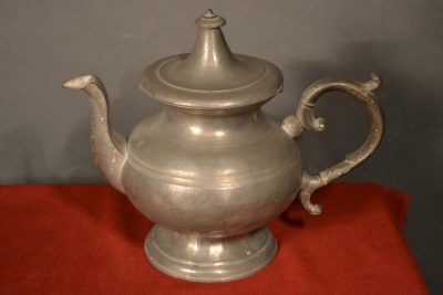 American pewter teapot signed by munson