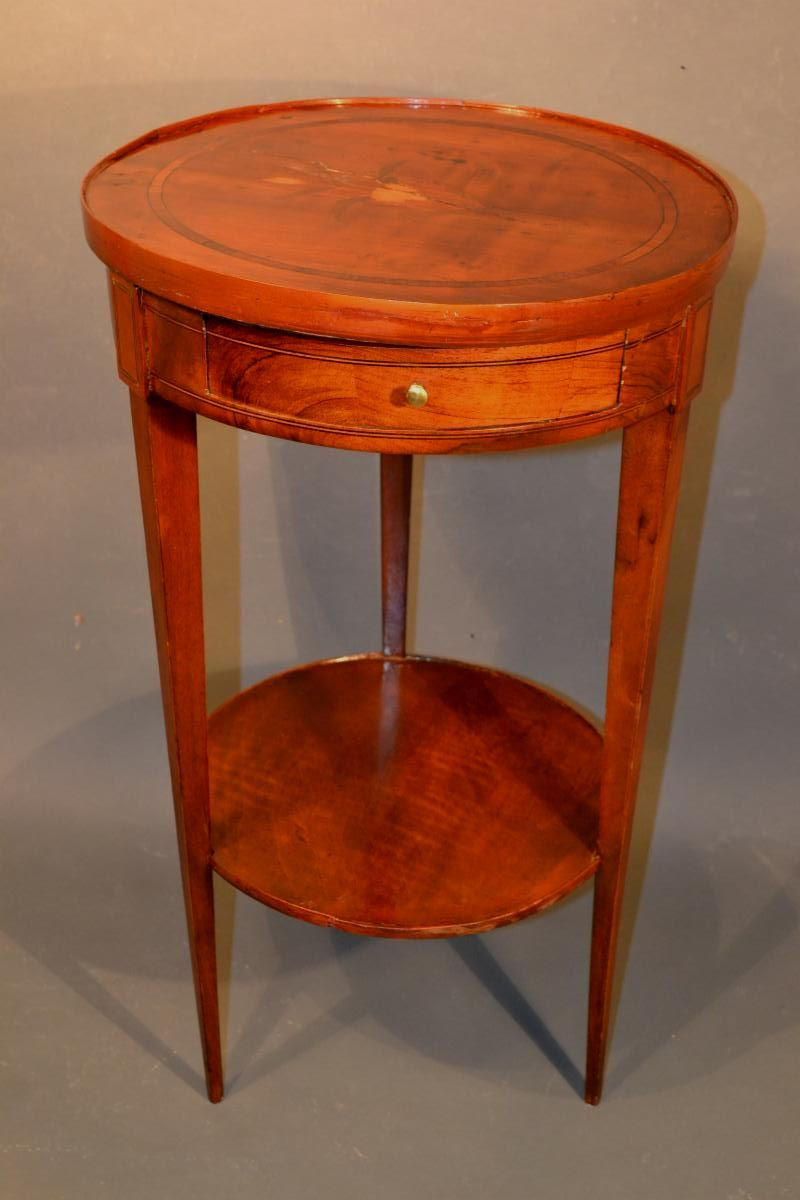 Late 18th Century Italian Tray Top Stand With Applied Tray Edge