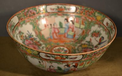 Chinese export Rose medallion punch bowl, 19th century