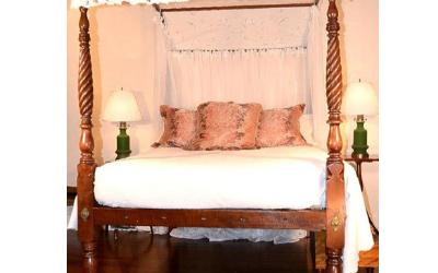 American Federal Period Canopy Bed, circa 1800-20